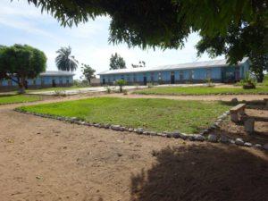 La construction neuve de l'École professionnelle à Kabinda
