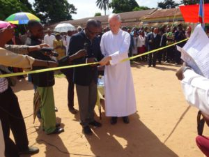 Picture of the opening of the schools in Kabinda