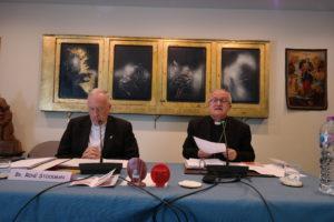 Mgr. Enrico dal Covolo (rechts)