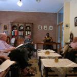 Discussion en groupes linguistiques
