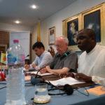 Fr. Venance Kapita (à droite)